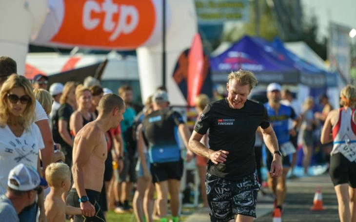Poloviční ´Ironman´. Kapacita triatlonového závodu v Doksech se rychle zaplňuje